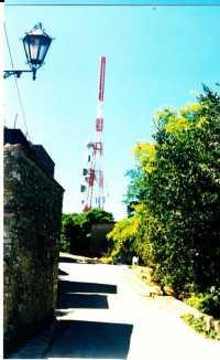 Monumento industriale Vecchia stazione funicolare, vista da Via Rabatà. (1985)  - Erice (4810 clic)