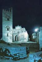 Duomo di Erice di notte, in una cartolina del 1973  - Erice (8046 clic)