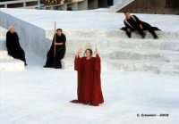 Agamennone di Eschilo:  Clitemnestra, interpretata da Galatea Ranzi. Teatro Greco, Orestiadi 2008. Regia: Pietro Carriglio.  - Siracusa (3214 clic)