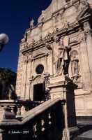 La basilica di S. Sebastiano, particolare della ricca decorazione della facciata.  - Acireale (3357 clic)