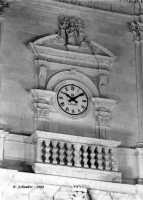 L'orologio del duomo di S. Sofia.  - Sortino (4368 clic)