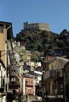 Panorama con il castello   - Santa lucia del mela (2394 clic)