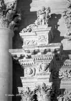 Particolare della facciata della Chiesa Madre di San Giovanni Evangelista.  - Sortino (3860 clic)