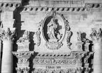 Particolare della facciata della Chiesa Madre di San Giovanni Evangelista.  - Sortino (3848 clic)