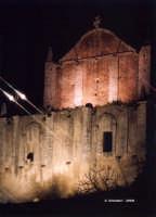Edificio per i fuochi s'artificio, sopra San Sebastiano.   - Melilli (1687 clic)