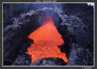 La porta dell'Inferno Eruzione Etna del 2004.  - Etna (9747 clic)