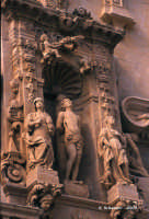 Chiesa di S. Sebastiano, particolare del gruppo scultoreo dedicato al martirio.  - Ferla (1456 clic)