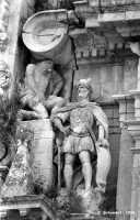 Chiesa di S. Sebastiano, particolare del gruppo scultoreo dedicato al martirio.  - Ferla (1317 clic)
