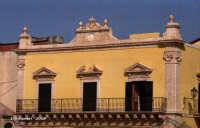 particolare architettonico  - Rosolini (6014 clic)
