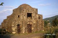 La Cuba bizantina, ora Chiesa di Santa Domenica.  - Castiglione di sicilia (5498 clic)