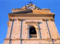 La Chiesa Madre, il timpano della facciata.  - Canicattini bagni (2902 clic)