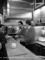 Caffè Espresso. Velocità dei baristi in un noto bar Palermitano. PALERMO Walter Lo Cascio