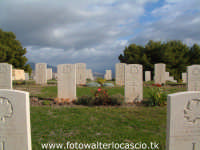 Cimitero Canadese.  - Agira (3247 clic)