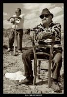 Agira. Don Orazio in pausa nei campi.  - Agira (1353 clic)