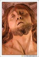 Nicosia: Chiesa di San Calogero. Interno. Particolare del volto di Gesù Cristo all'interno della Sacra Urna.  - Nicosia (3581 clic)