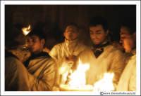 Catania: Festa di Sant'Agata. 5 Febbraio 2005: Festa della Patrona di Catania, Sant'Agata. Devoti con Ceroni.  - Catania (2392 clic)