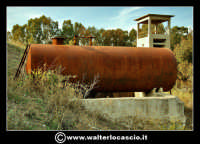Caltanissetta: Reportage fotografico sulle miniere di Caltanissetta. Miniera Gessolungo. La riserva idrica.  - Caltanissetta (2039 clic)