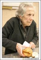 Cerda: Sagra del Carciofo 25 Aprile 2005. La panellara. Panelle.  - Cerda (6708 clic)