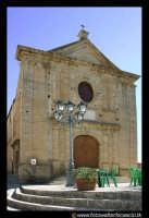 Leonforte.  Chiesa Maria SS. del Carmelo. 1612  - Leonforte (4064 clic)