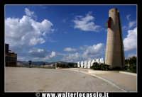 Gibellina: Piazza Caduti di Nassiriya. 12-11-2003  - Gibellina (3037 clic)