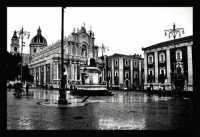 Catania, Piazza Duomo, bianco e nero.  - Catania (5434 clic)