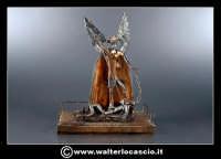 Caltanissetta: San Michele Riproduzione in miniatura di San Michele. Materiali utilizzati Rame, e