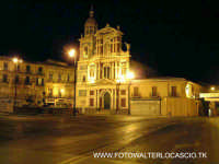 Chiesa San Sebastiano in piazza garibaldi. By Night  - Caltanissetta (3233 clic)