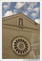 Nicosia: Santuario del Carmine. Particolare del Rosone. Secolo XX.  - Nicosia (3076 clic)
