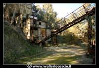 Caltanissetta: Miniera Trabonella. Reportage sulle miniere di zolfo di Caltanissetta.Vecchie attrezzature abbandonate.  - Caltanissetta (2784 clic)