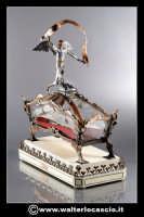 Caltanissetta: La Sacra Urna. Riproduzione in miniatura della Sacra Urna. Materiali utilizzati Ram