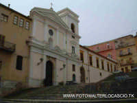 Chiesa di S.Francesco, situata nell'omonimo quartiere.  - Caltanissetta (4850 clic)