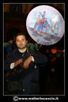Caltanissetta. La settimana Santa a Caltanissetta. La banda musicale di Racalmuto (AG), uno dei componenticol Basso Tuba (Ignazio).  - Caltanissetta (2143 clic)