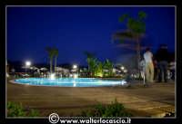 Gagliano Castelferrato: 01 Luglio 2007. Inaugurazione delle nuove Piscine NAIADI. Scorcio del parco by night.   - Gagliano castelferrato (5299 clic)