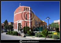 Caltanissetta: Villaggio Santa Barbara. Chiesa di Santa Barbara. Esterno.   - Caltanissetta (1680 clic)
