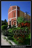 Caltanissetta: Villaggio Santa Barbara. Chiesa di Santa Barbara. Esterno.   - Caltanissetta (1650 clic)