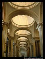 Interno della Cattedrale di Palermo. Navata laterale destra. PALERMO Walter Lo Cascio