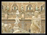 Palermo: Fontana pretoria, le statue. PALERMO Walter Lo Cascio
