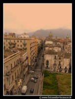 Palermo: Via Maqueda, lato sud. PALERMO Walter Lo Cascio