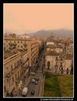 Palermo: Via Maqueda, lato sud.  - Palermo (4420 clic)