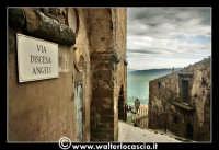 Troina: Angolo caratteristco del paese di Troina. Via Discesa Angeli. Foto 80  - Troina (3122 clic)