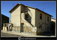 Caltanissetta: Villaggio Santa Barbara. Abitazioni del Villaggio.  - Caltanissetta (1510 clic)