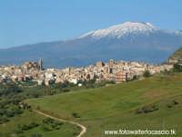 Panorama di Regalbuto con sfondo dell'Etna.  - Regalbuto (4328 clic)
