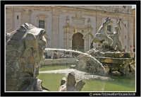 Caltanissetta: Fontana del tritone in piazza Garibaldi.  - Caltanissetta (3888 clic)