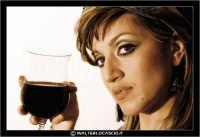 Caltanissetta. Vino rosso fa buon viso. Foto scattata per il concorso Nazionale SCATTI DIVINI. La