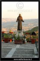Sutera. Padre Pio e il Panorama.  - Sutera (3363 clic)