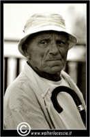 Sutera. Anziano Uomo alla villa.  - Sutera (2781 clic)
