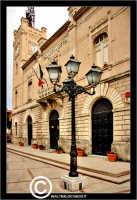 Licata: Piazza Progresso. Palazzo di Citta'. Il municipio. Prospetto.  - Licata (2045 clic)