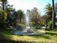 Villa Cordova in Viale Testasecca. Fontana.  - Caltanissetta (5213 clic)