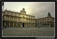 Catania: Piazza dell'Universita'. #2  - Catania (2240 clic)