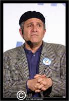 San Cataldo. Europark di Roccella. Il bravo e simpatico attore comico di Insieme, Enrico Guarneri inarte Litterio, durante un suo esilarante racconto.  - San cataldo (2176 clic)